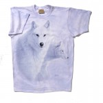 A very elegant t-shirt that gently portrays, with warmth and dignity, a 'soft and cuddly' side of a powerful animal. And it succeeds. 